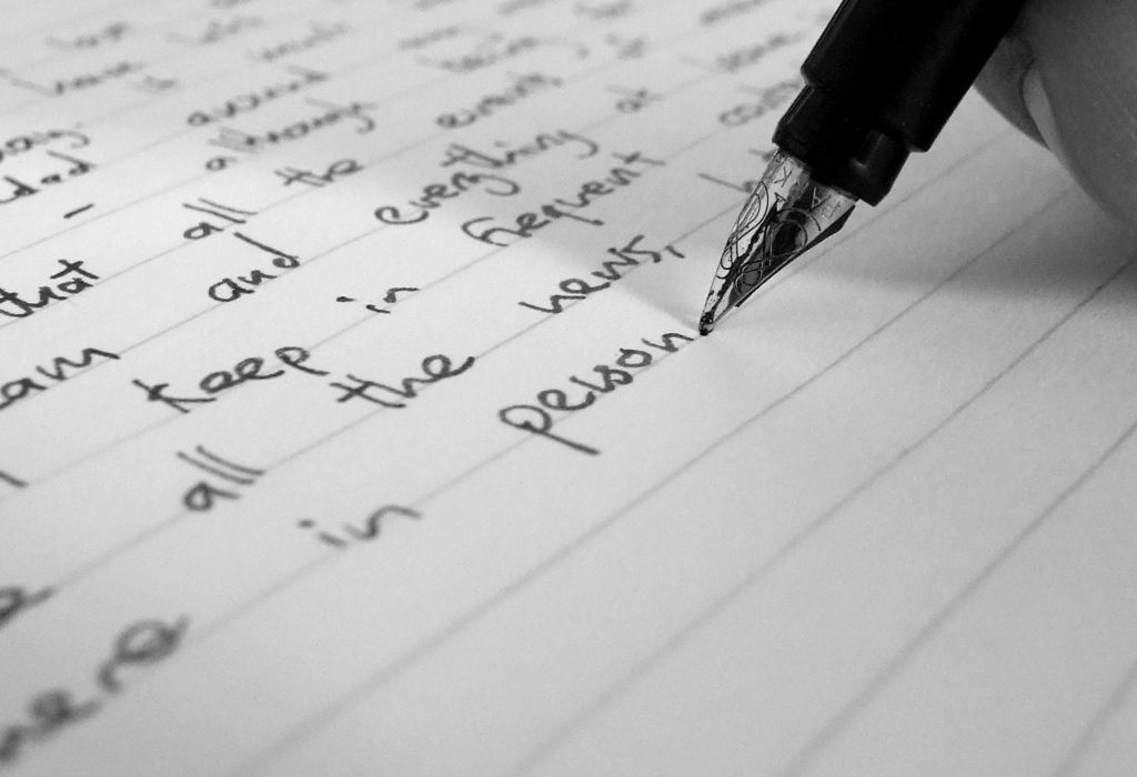English Corner – Writing Formal Letters